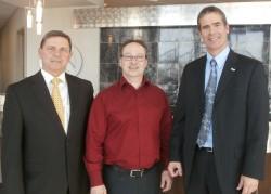 Louis Normandin, président ex officio, Éric Nadeau, président, Patrick St-Laurent, directeur général de Granby Industriel