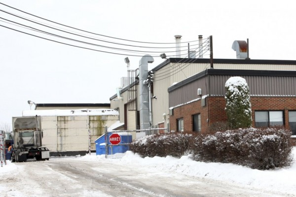 L'entreprise Transport SN s'est portée acquéreuse de la bâtisse autrefois occupée par Hesse Canada. Elle y a regroupé ses activités depuis l'automne. La Ville de Granby a accordé une aide discrétionnaire de 25 000$ à l'entreprise. photo Alain Dion