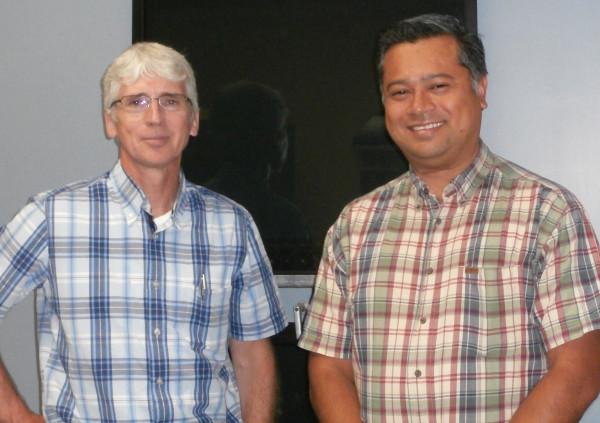 M. Alain Roy, Directeur des Ressources humaines, Composantes Lippert Canada Inc. à Granby et M. Jorge Armando Martinez Quinto, Technicien en génie manufacturier.